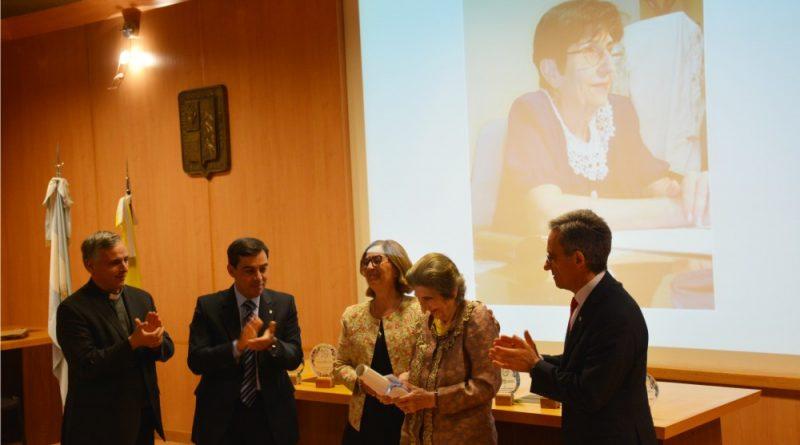 """La Dra. María Isabel Larrauri recibió la distinción """"Doctora Honoris Causa"""""""